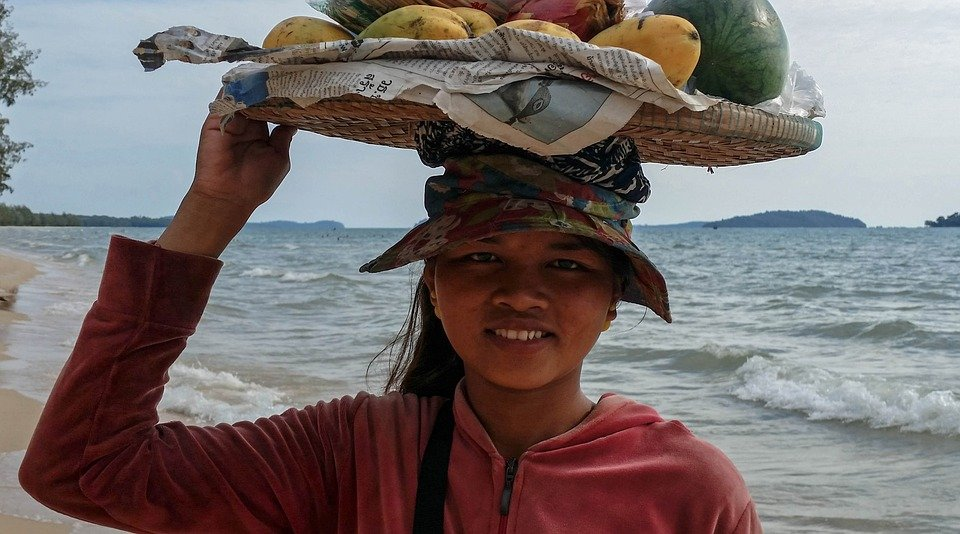 Mango seller on the beach at Sihanoukville