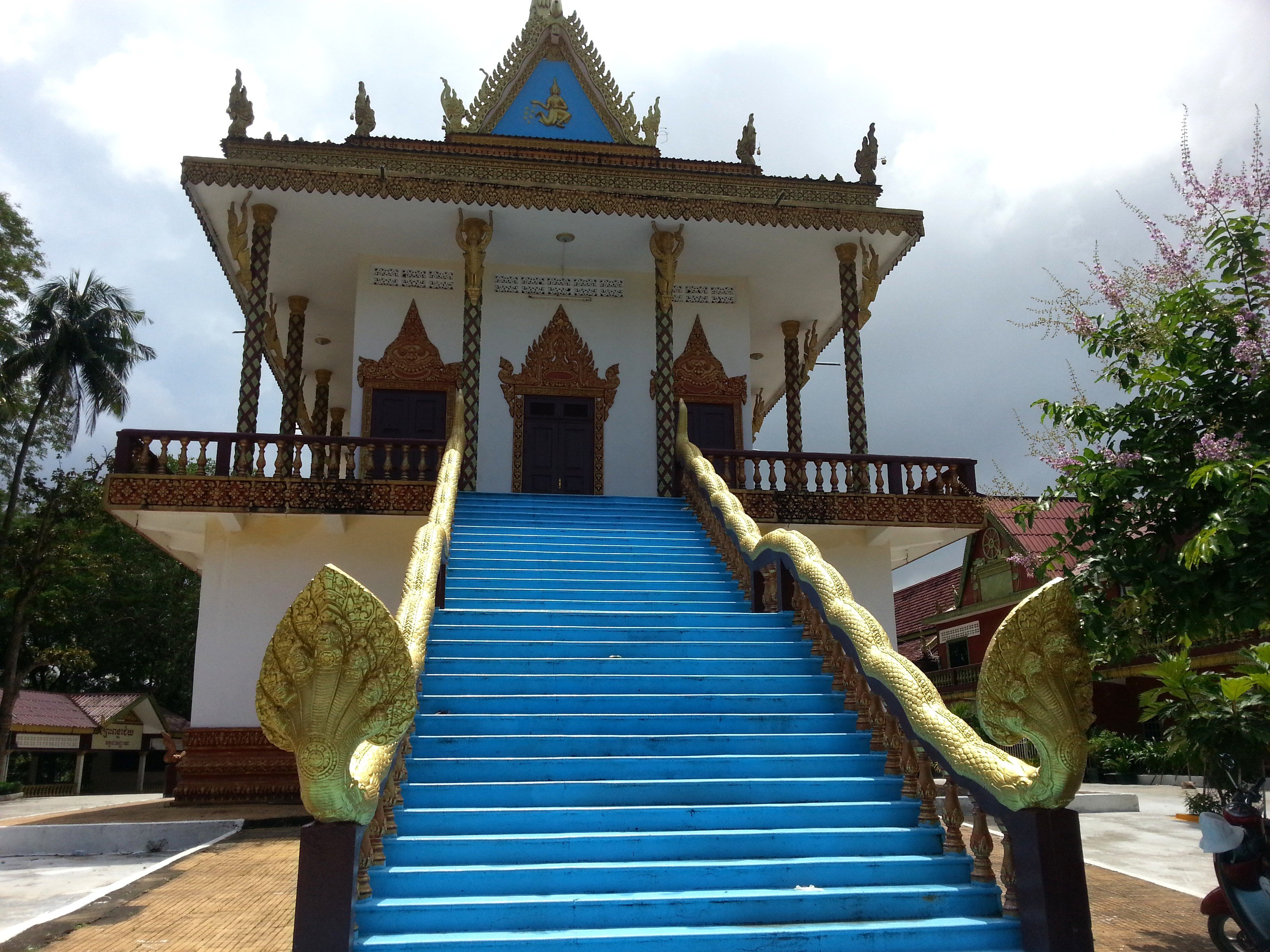 Congregation Hall at Wat Leu