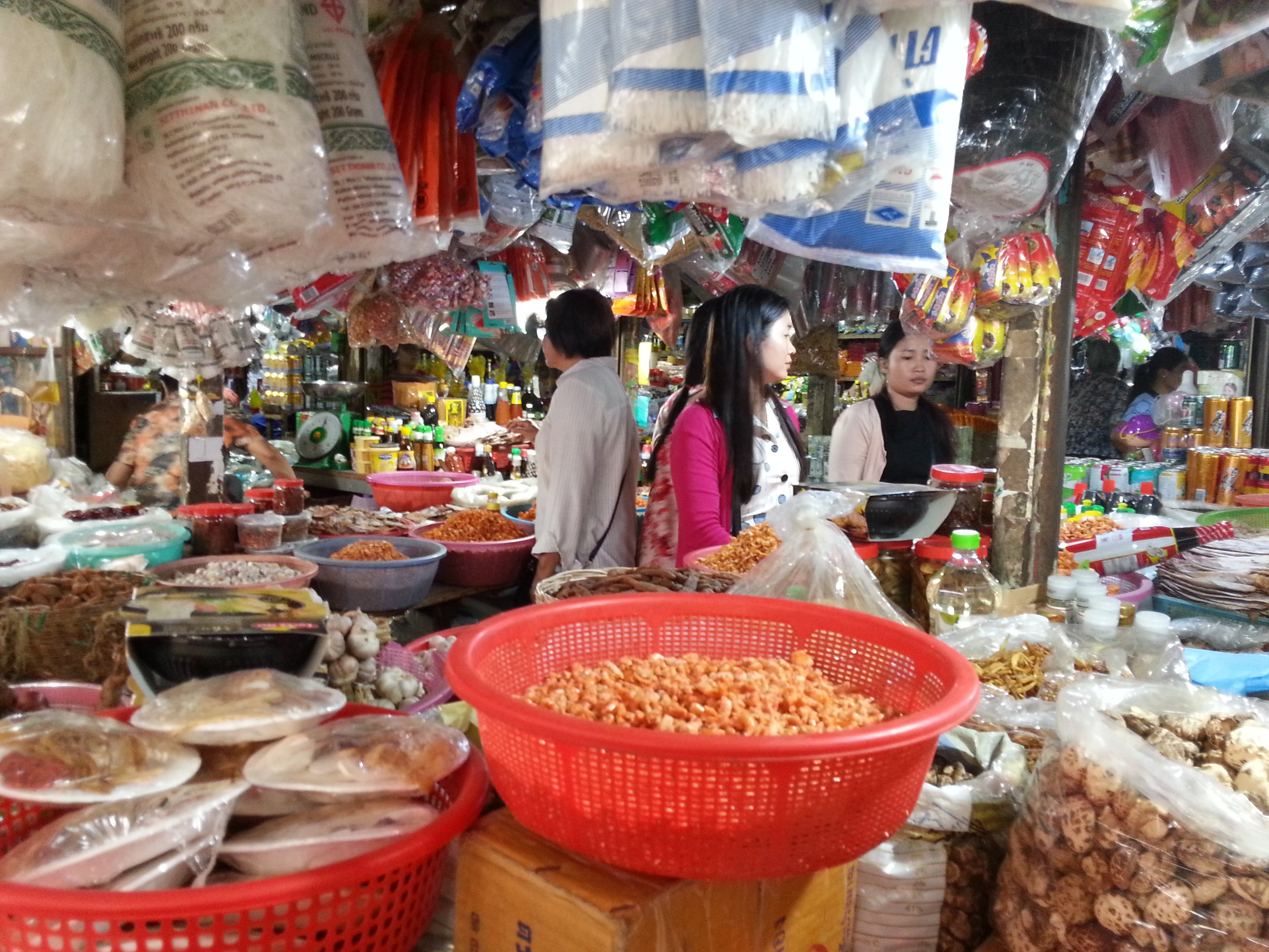 Dried goods at Pasar Nat