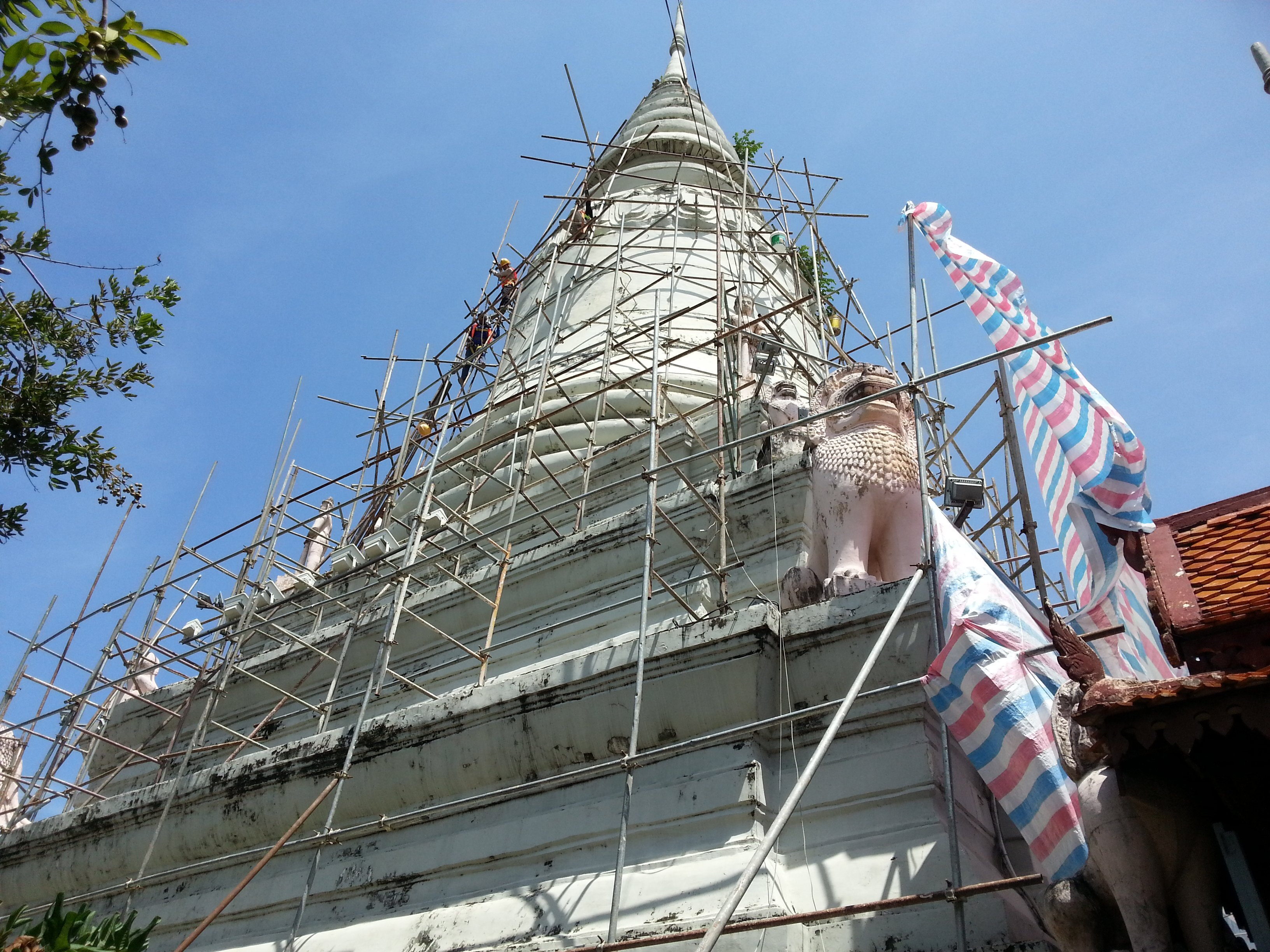 Great stupa at Wat Phnom