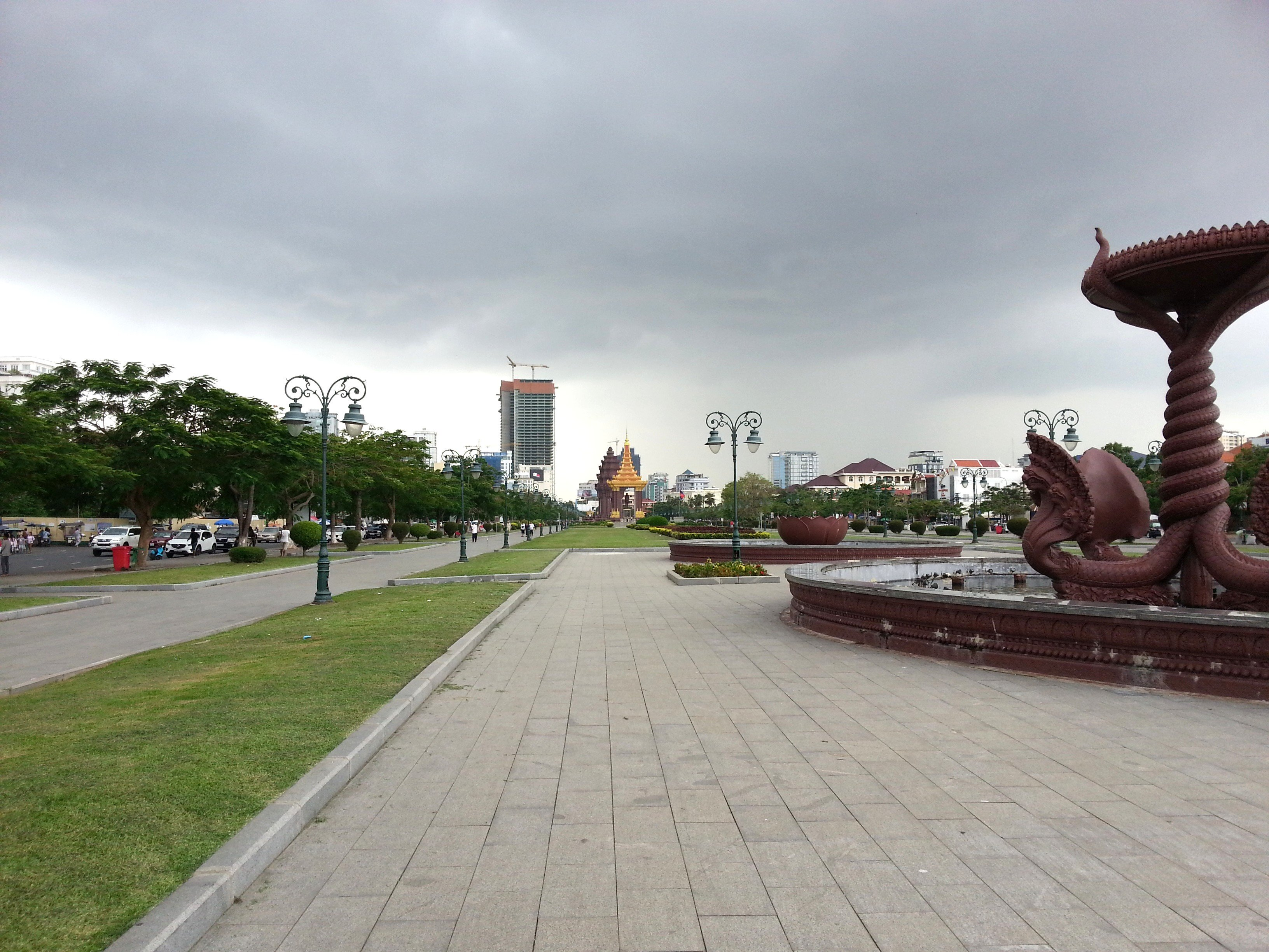 The statue of King Norodom is located in the East Independence Park